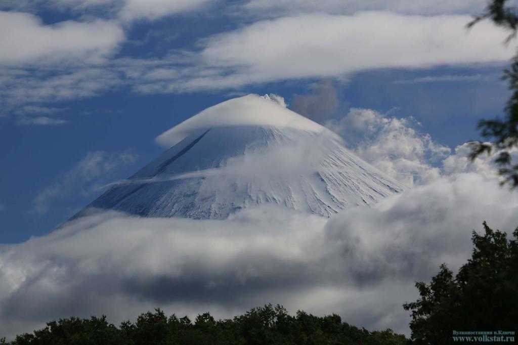 Klyuchevskoy-volcano-eruption-july-2016